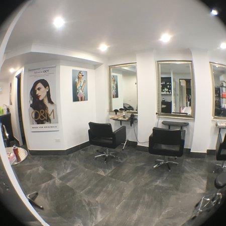 Inside Salon Inovo